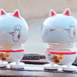 2 cute Uber car cat toys